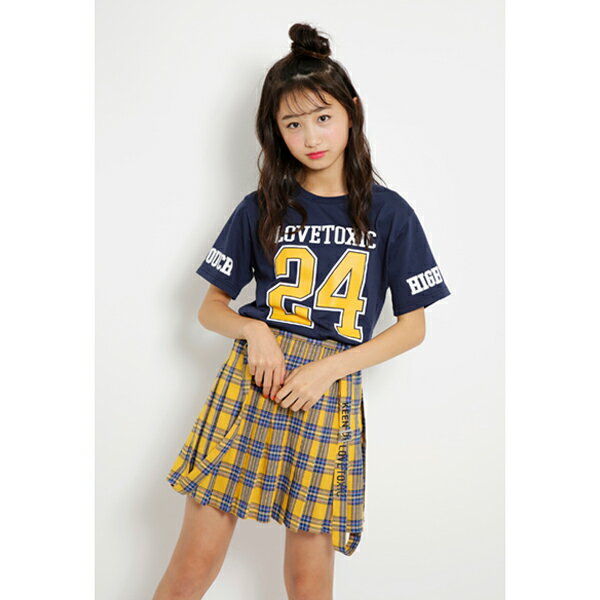 ラブトキシック(Lovetoxic)ナンバリングロゴTシャツ