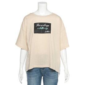 ラブトキシック(Lovetoxic)バックプリーツ切り替えボックスロゴTシャツ