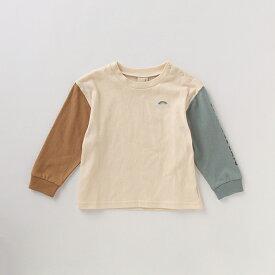 プティマイン(petit main)虹刺しゅう袖ロゴTシャツ