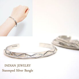 インディアン ジュエリー ナバホ スタンプワーク シルバーバングルINDIAN JEWELRY NAVAJO Silver Bangle