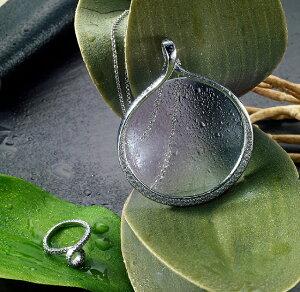 『簡易ラッピング対象』efluvi【PendantLoupe(ペンダントルーペ)waterdrop】水滴をイメージした、高級感のあるルーペペンダント(ルーペのみ)