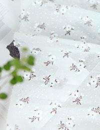 【初夏の手作りマルシェ!特別価格】【コットン】白い花びら(シングルガーゼゆらゆら初夏シリーズ)