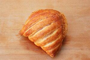 カスタードクリーム・ターンオーバー (100g×45個入り)業務用 冷凍パン生地 送料クール100サイズ相当 レストラン カフェ パーティー
