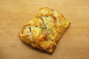トマトモッツァレラスナック (90g×75個入り)業務用 冷凍パン生地 送料クール100サイズ相当 レストラン カフェ パーティー