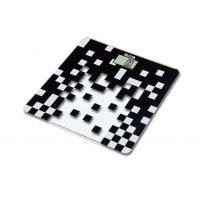 タニタ デジタルヘルスメーター HD-380-BK(ブラック) 本体を軽く叩くと電源ON / 体重測定は健康管理の基本です。