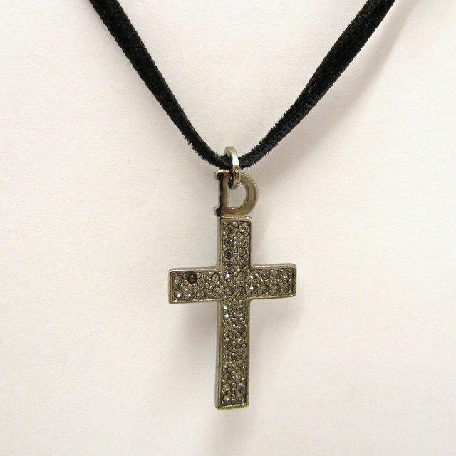 Christian Dior クリスチャン ディオール チョーカー リボン 黒 ブラック 十字架 クロス シルバー レディース アクセサリー 東大阪店 267332【USED】