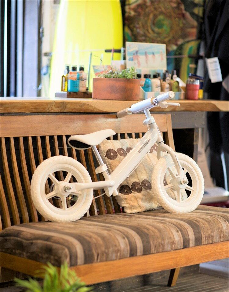 【ブレーキ付!安心・安全】arcoba Kick Bike 12インチ キックバイク 子供 [ アルコバ ARCOBA アルコバキックバイク 12 ペダルなし自転車 バランスバイク ランニングバイク トレーニングバイク 乗り物 子供用 おしゃれ 可愛い プレゼント 送料無料(北海道・遠隔地除く)★新