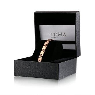 It has TOMA22F bracelet warranty