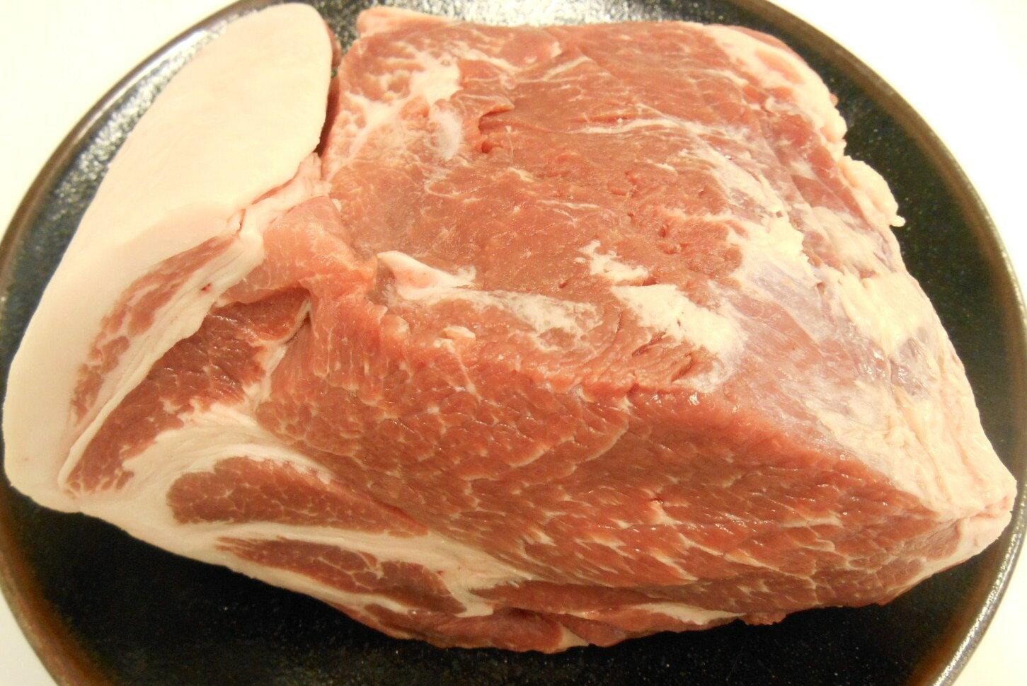 【豚肉】【国産豚】【塊】岩手県産豚肩ロースブロック1.0kg