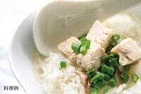 日本スープのチキンクリアデラックスのスープご飯の料理例です。ガラスープより格段に美味しい丸鶏ブイヨンです。無添加無脂肪で離乳食から介護食、普段のお食事まで幅広くお使い頂けます