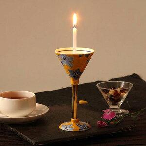 送料無料 伝統的な絵付けと、立ち姿が美しい 有田焼燭台 染付黄彩花絵