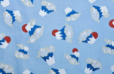 日本製帯地洛レイ胴入富士づくし水色72cm巾