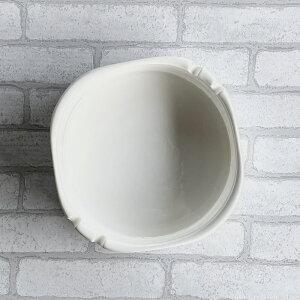 灰皿 白磁 おしゃれ (口径17.2cm)【喫煙具 シンプル 無地 おしゃれ スクエア 業務用 大きい 強化磁器 スタック ポーセラーツ】