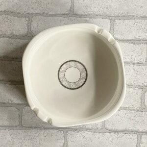 灰皿(15.7cm)【喫煙具 磁器 白磁 シンプル おしゃれ スクエア 業務用 大きい 強化磁器 スタック】