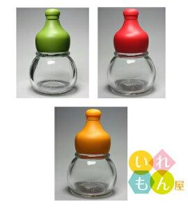 香辛料透明びん/3本入(緑、赤、オレンジキャップ付き、1本ずつ)【調味料瓶 調味料びん ガラス瓶 ガラス保存容器 保存瓶 七味 一味 スパイス 香辛料 山椒 調味料入れ 容器 硝子瓶】かわ