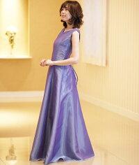 オーガンジーのノースリーブドレス、袖無しドレスです。演奏会ドレス、ステージ衣装