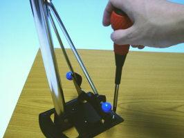 DIYにトライ!ワンタッチ松葉パイプ4本セット高さ70センチこれでテーブルに脚を取り付ける!