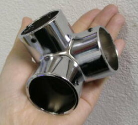ダイキャストクローム 三方ステンレスパイプ32ミリ用 回転止めのネジつき。(六角レンチ別売り)