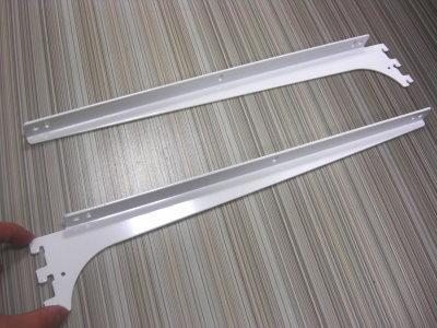 ロイヤルA−32、33木棚板専用ブラケットウッドブラケット左右セットAホワイト呼び名400(実寸法407ミリ)