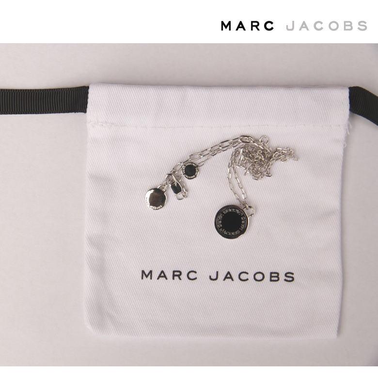 【人気のマークジェイコブス ネックレス】Marc jacobs ネックレス シルバーブラックモチーフ SILVER BLACK シンプルデザイン プレゼントにもおススメ☆ シルバー×ブラック 男女兼用 チェーン長45cm 送料無料☆