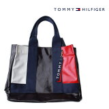 TOMMYHILFIGER(トミーヒルフィガー)NAVYアメリカ買い付け品トートバッグA4サイズもすっぽり入りますエナメル質感
