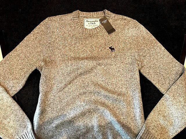 【送料無料】【新品】アバクロ【Mensメンズ】ミドルゲージ クルーネックセーター/Heather Grey【Icon Crewneck Sweater】【Abercrombie&Fitch】【本物保証】