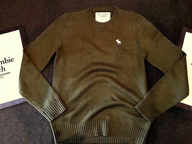 【送料無料】【新品】アバクロ【Mensメンズ】ミドルゲージ クルーネックセーター/Olive【Icon Crewneck Sweater】【Abercrombie&Fitch】【本物保証】