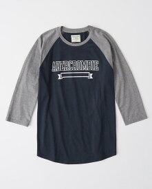 Abercrombie&Fitch (アバクロンビー&フィッチ) 七分袖ラグランベースボールTシャツ (ロンT) (Logo Baseball Tee) メンズ (Navy With Grey Sleeves)