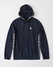 Abercrombie&Fitch (アバクロンビー&フィッチ) ロゴ テープ プルオーバー パーカー (Logo-Tape Hoodie) メンズ (Navy Blue) 新品