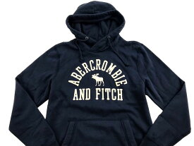 Abercrombie&Fitch (アバクロンビー&フィッチ) ムース刺繍アップリケ プルオーバーパーカー(フーディー)(Applique Graphic Hoodie) メンズ (Navy Blue) 新品 日本未発売