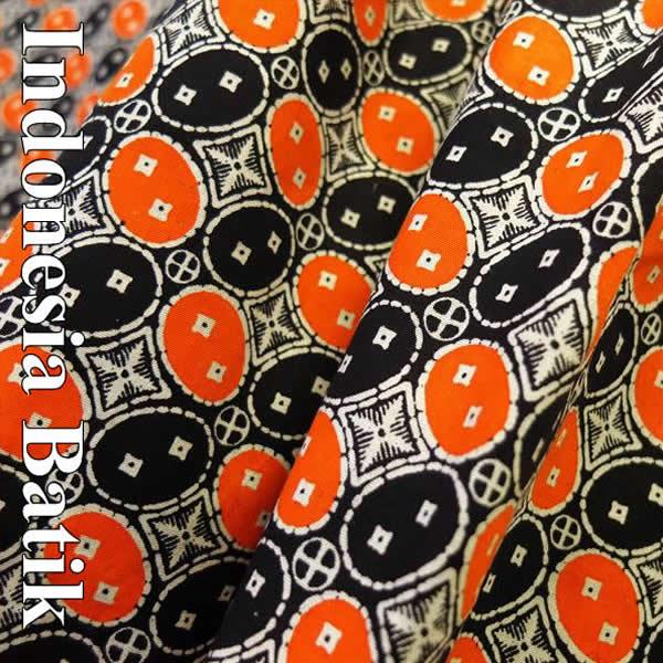 バティック−029 インドネシアのろうけつ染めアジアン雑貨 布 さらさ 更紗 タペストリー マルチクロス