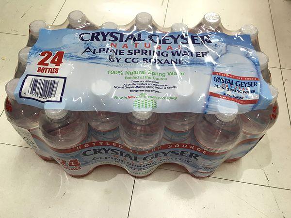 クリスタルガイザー ミネラルウォーター 500ml×24本CRYSTAL GEYSER NATURAL WATER 500mL x24bottles