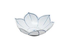 染付花紋 鉄線花型小鉢