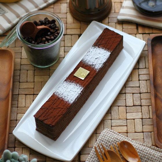 【送料込】チョコレートケーキ『くぬぎ』・24cmジョリーフィス・広島 チョコレート スイーツ ギフト 送料無料 プレゼント 父の日 お中元