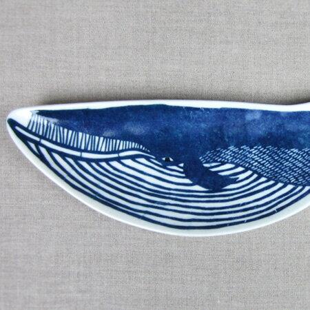 【送料450円〜】 倉敷意匠計画室 KATAKATA 印判手長皿 クジラ