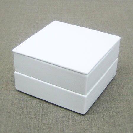 白磁の重箱(大)