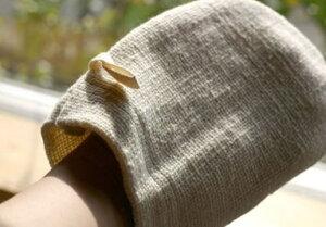 オーガニックコットンお肌つるつる和紡ボディミトン生成り石けんを使わない快適なバスタイム和紡布オーガニック素材の上洗剤を使わなくて良いので肌に優しく、手荒れ、敏感肌の方に特にお勧めです。手紡ぎ糸吸水率が抜群和紡布益久染織研究所