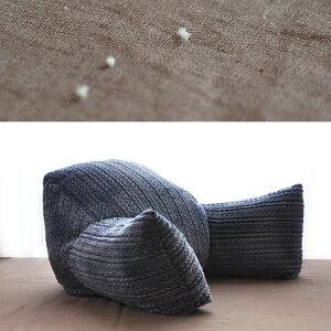 リラックスレストクッションうつぶせクッション低反発ウレタンチップ入り肘付き腰当て使い方いろいろうつぶせ寝にも最適!ベット、布団の上でテレビを見るのもらくちんです