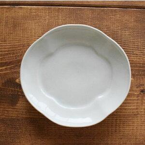 【九谷青窯】 モッコ皿(大) 白磁 中皿 手仕事 器 九谷焼 皿 白 シンプル 白い器 薬味皿 皿 お皿 小皿 磁器 陶磁器 焼き物皿 小さい おしゃれ かわいい 刺身 取り皿 和食器 小鉢 食器 白 伝統