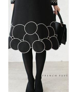 S〜M/M〜L対応【再入荷♪11月24日12時&22時より】「FRENCH PAVE」シックな丸刺繍。上品さ溢れる黒ワンピース
