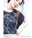 (M〜2L対応) 【再入荷♪2月16日12時&22時より】(ネイビー)「FRENCH PAVE」エレガンスなチャームスカーフ柄トップスT…