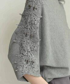 【再入荷♪2月19日12時&22時より】「FRENCH PAVE」(S~L対応)腕に流れる彫刻のような美。実をつけた花レリーフニットトップス
