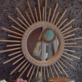 【送料無料】 壁掛け ミラー 円形 60cm ラタン製 太陽のような形をしたインテリア雑貨 壁掛けミラー 鏡