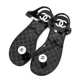 香奈儿橡胶凉鞋 CC 标记 perlaxenttongs 菱格纹 '黑色' 大小 37