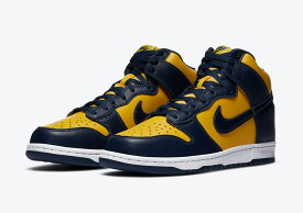 【国内配送】NIKE DUNK HIGH MICHIGAN Maize and Blue スニーカー