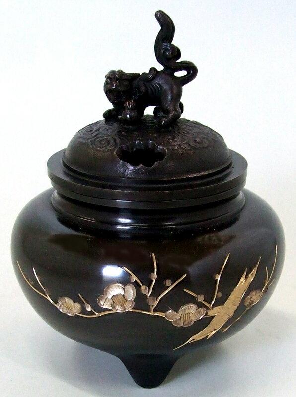 銅製鉄鉢型獅子蓋梅彫金香炉【あす楽対応】【送料無料】【smtb-kd】