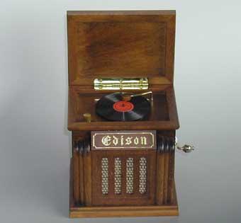 木製レトロ楽器 箱型蓄音機オルゴール ♪ムーンリバー ♪【オルゴールギフト/誕生日・クリスマス・記念日】 プレゼント