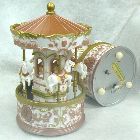 プラスチックメリーゴーランド:木馬上下( 色:サーモンピンク ♪一般曲)オルゴール カラクリ プレゼント
