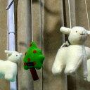 トラセリア ベッドメリー(ヒツジ)ムートンフリースツリー 白 ♪ブラームスの子守唄 オルゴール フランスのブランド【クリスマス 誕…