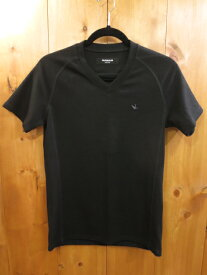 【中古】1PIU1UGUALE3/ウノピゥウノウグァーレトレ 半袖 Tシャツ サイズ:S カラー:ブラック / ドメス【f104】